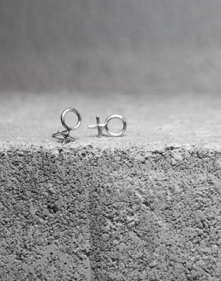 Wild & Arrow - Minna Feminist Earrings, Silver