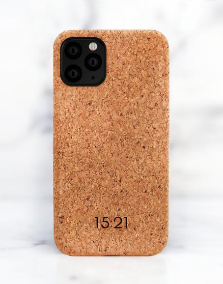 15:21 - iPhoneskal i kork, 11 PRO