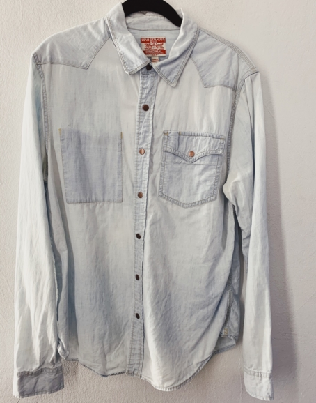 Ecosphere Vintage - Levi's Light Blue Denim Shirt