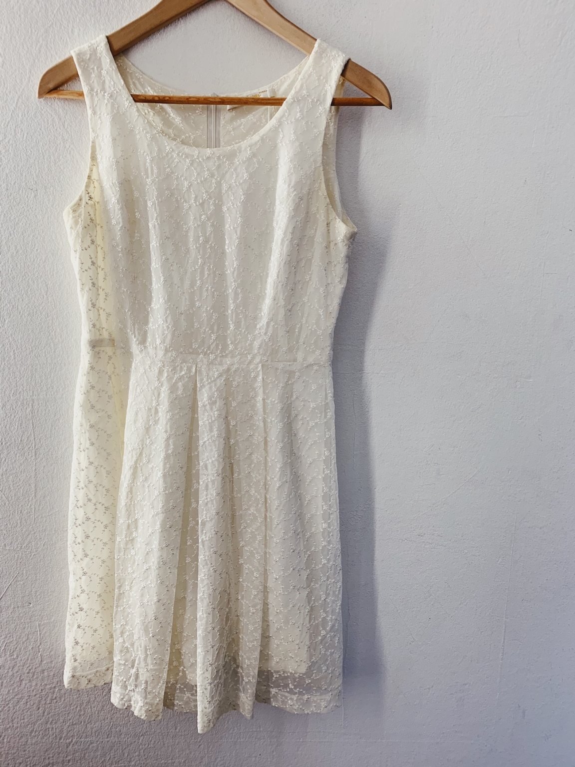 Ecosphere Vintage - White Lace Dress