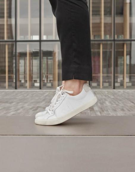 Veja - Esplar Sneaker, White