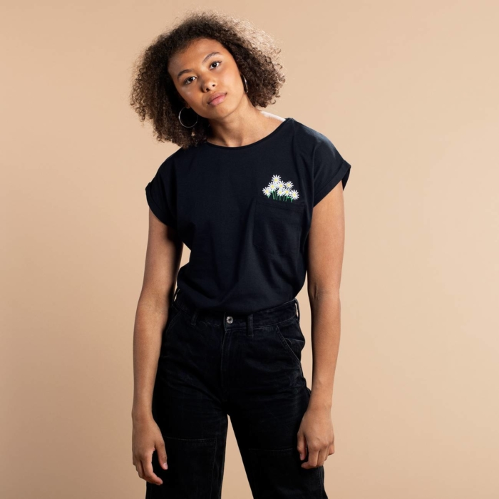 Dedicated - Flower Embroidery T-Shirt, Black