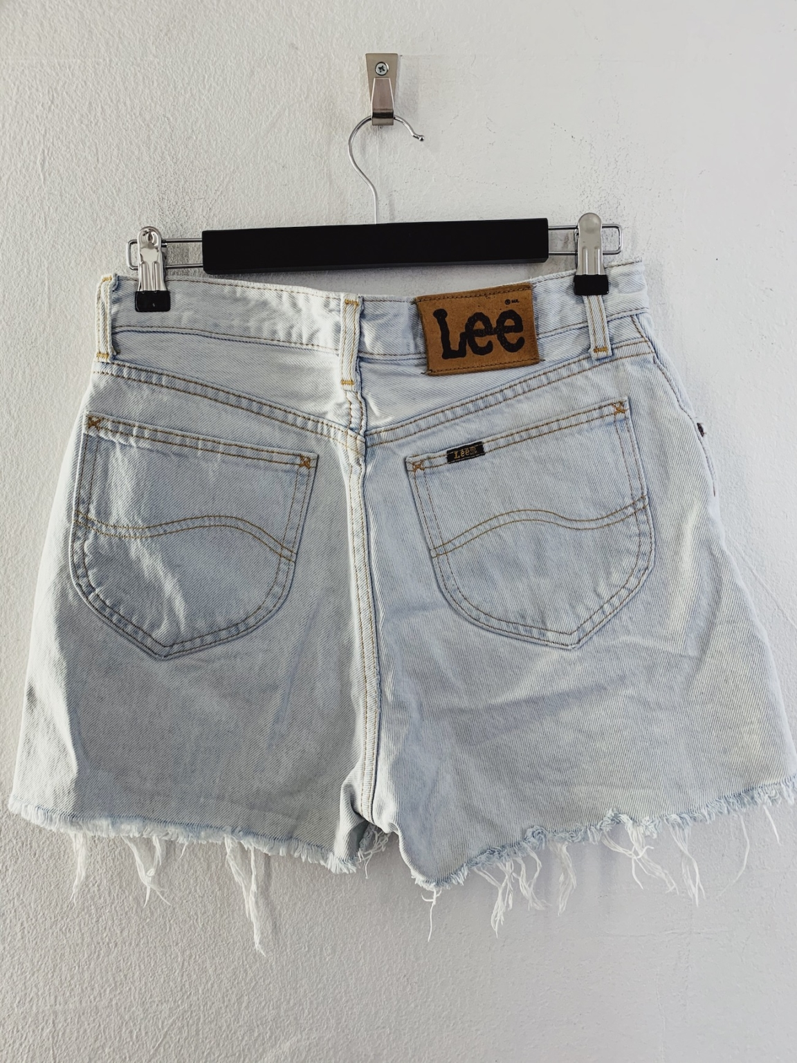 Ecosphere Vintage - Light Denim Lee Cut-Offs