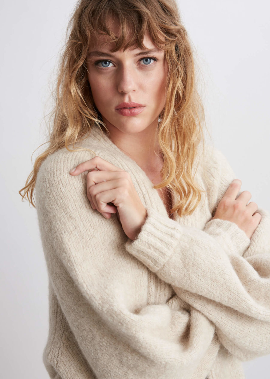 ORES - Light Chunky Lux Cardigan, Beige