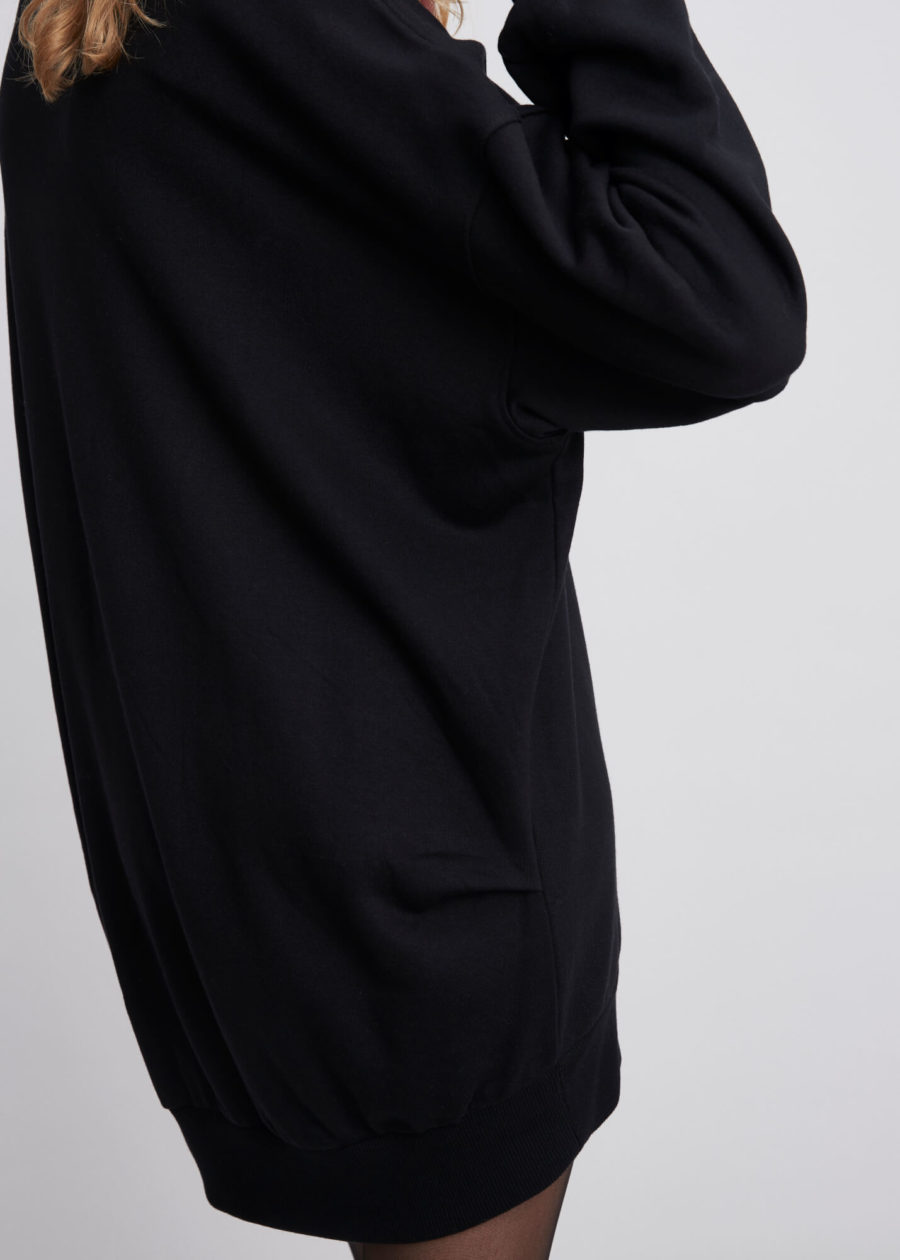 ORES - Black Lux Jersey Sweater