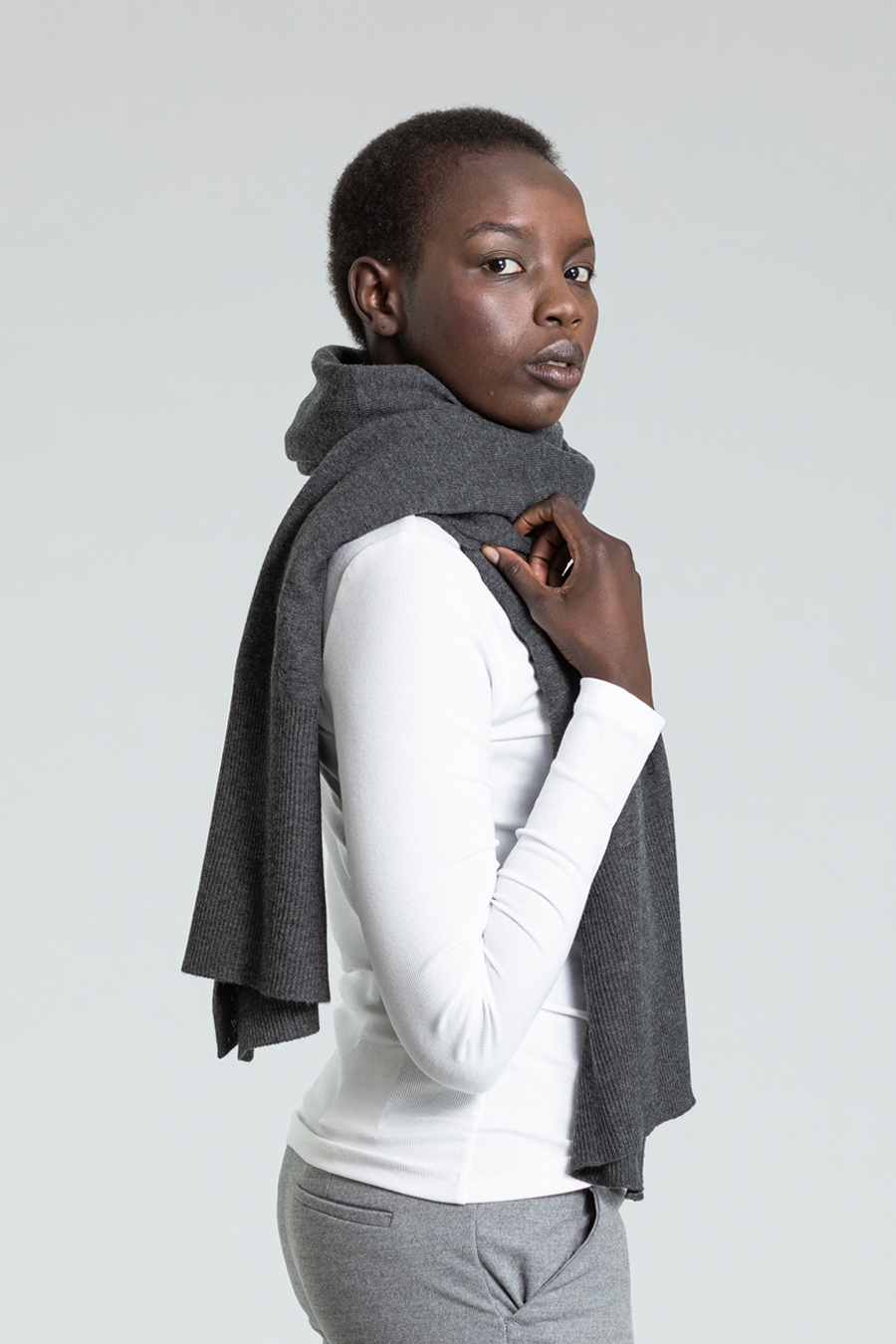 Dinadi - Merino Edge Rib Scarf, Charcoal Grey