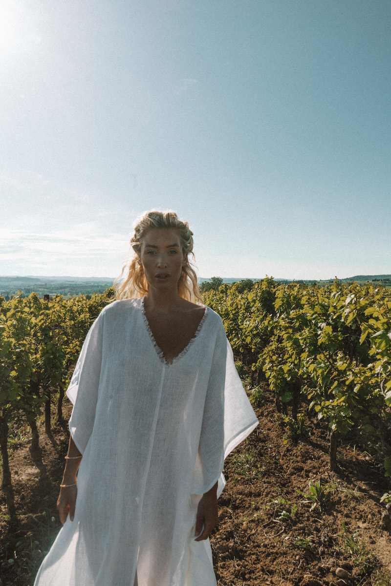 A Perfect Nomad - Let There Be Peace Kaftan, White