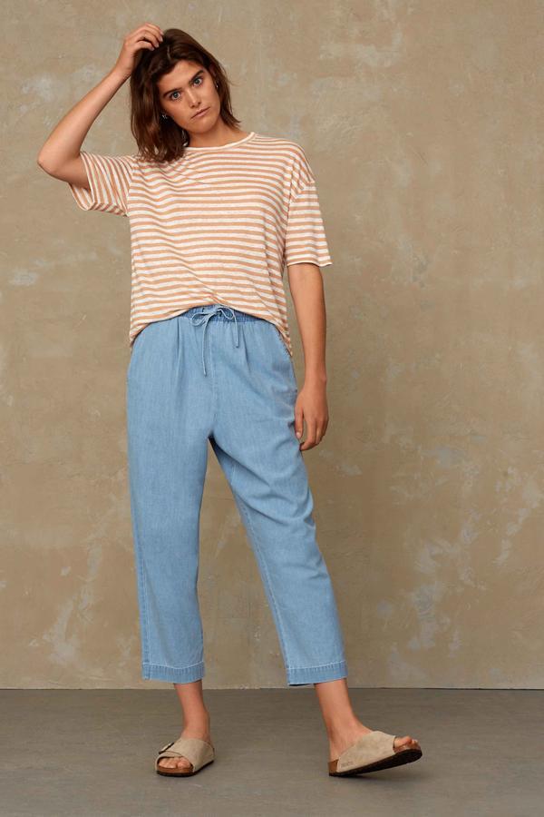 Kings of Indigo - Majaji Linen T-Shirt, Maple Sugar Stripe