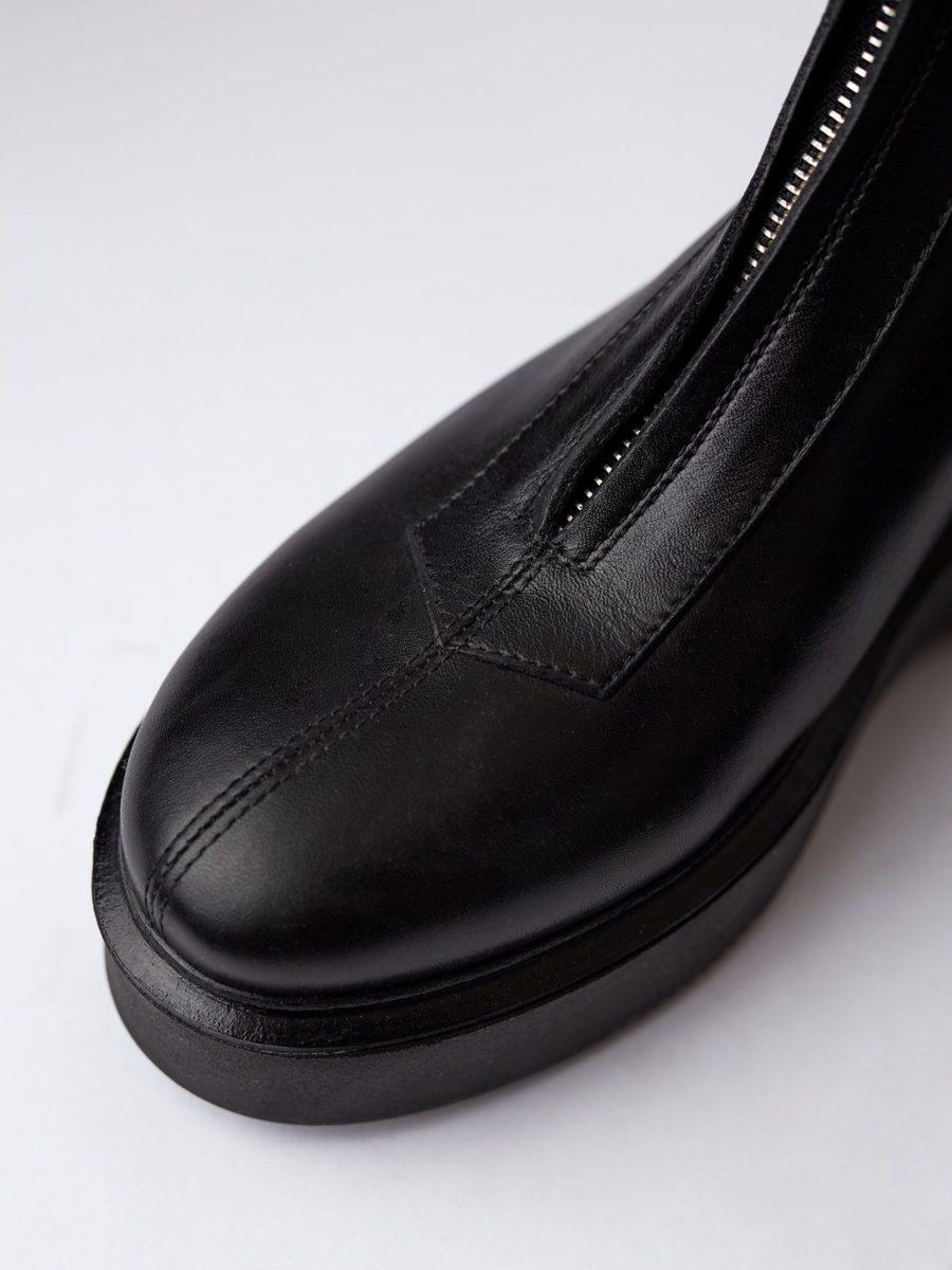 Blankens - The Blixa, Black Leather